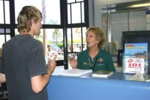 volunteer-at-work-2-for-ta-website